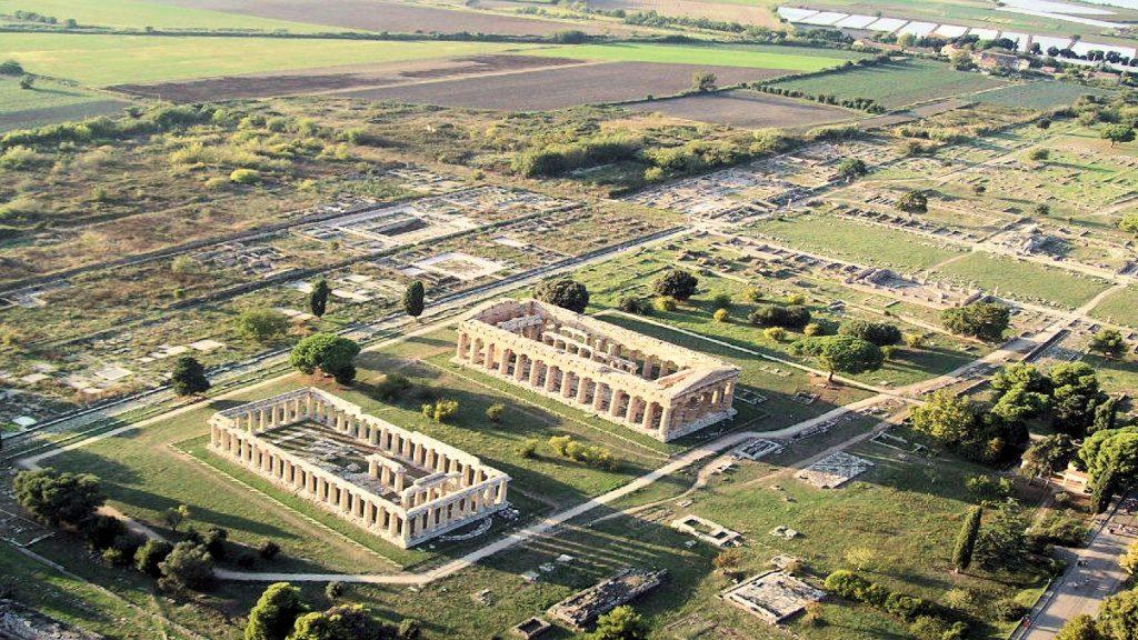 Paestum: raccolta fondi per salvare il tempio dorico