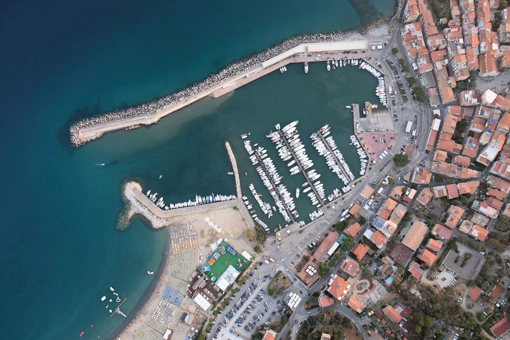 """marinadicamerota 1024x682 - Camerota, approvato il progetto turisti """"Tre Perle"""""""
