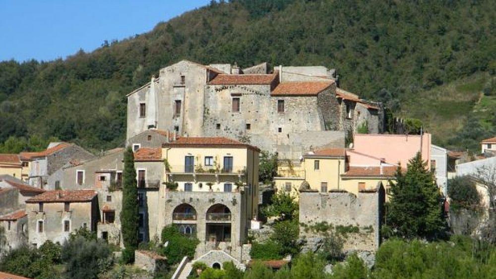 Cilentano.it al Castello di Torraca, tracce templari e strumenti di tortura (25 lug 2017) – video