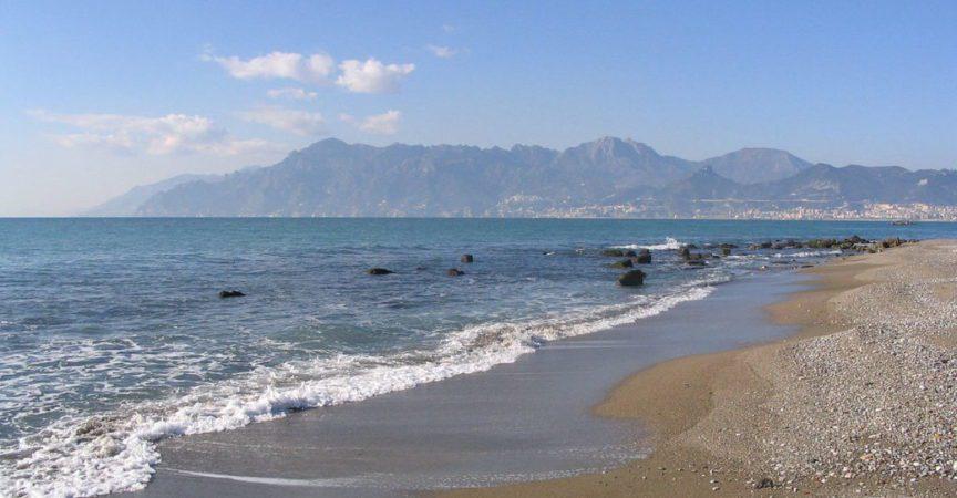 Salerno mare 864x450 - UDC Capaccio Paestum, Cilento e Vallo di Diano: i pericoli e i danni del ripascimento litorale da Salerno ad Agropoli