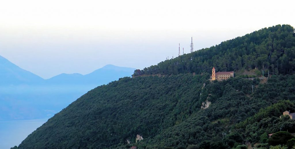 santuario 1024x516 - S. Giovanni a Piro e il Santuario della Madonna di Pietrasanta - video