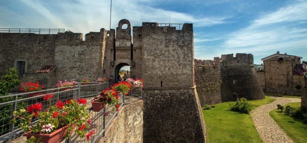 Agropoli, da oggi (15/7/20) riprendono le mostre al castello