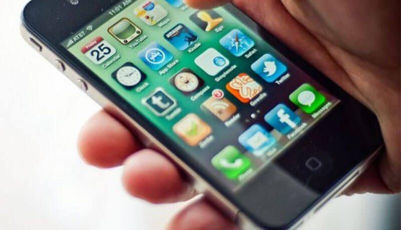 tema uso cellulare - Parte la campagna per un uso 'smart' del cellulare