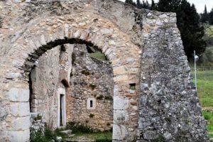 Padula, il battistero di San Giovanni in Fonte – video