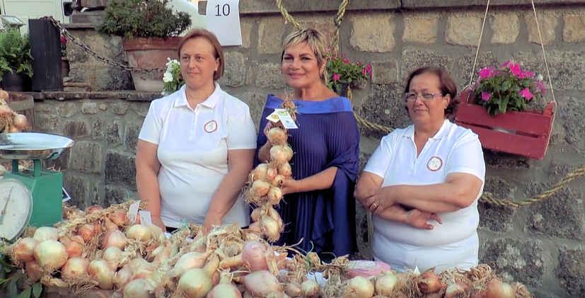 """vatolla - Servizio """"Festa della cipolla di Vatolla"""" di NAPOLI VILLAGE - video"""