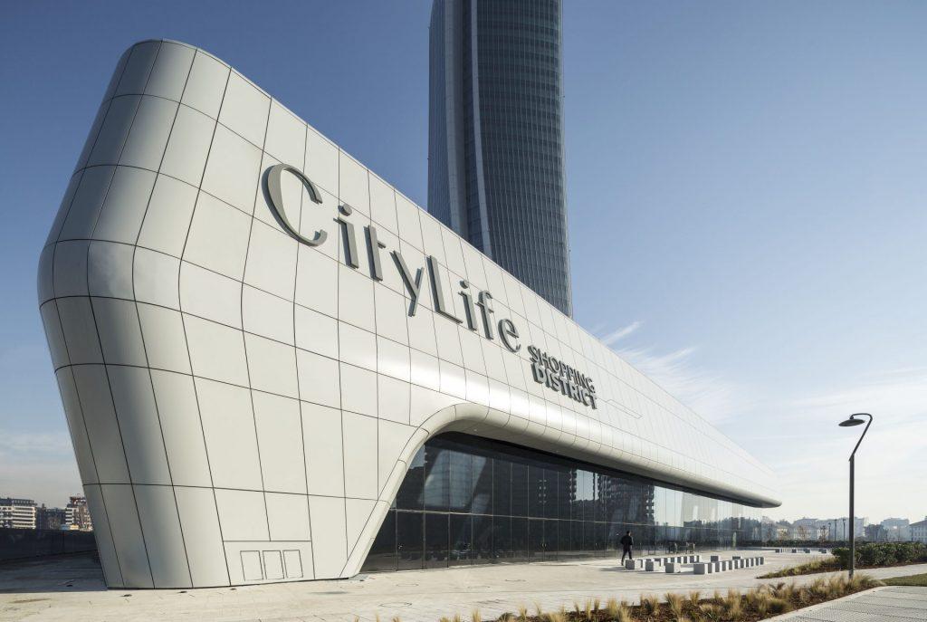 Curiosita' : i grattacieli di Citylife crescono a vista d'occhio: dieci anni in timelapse – video