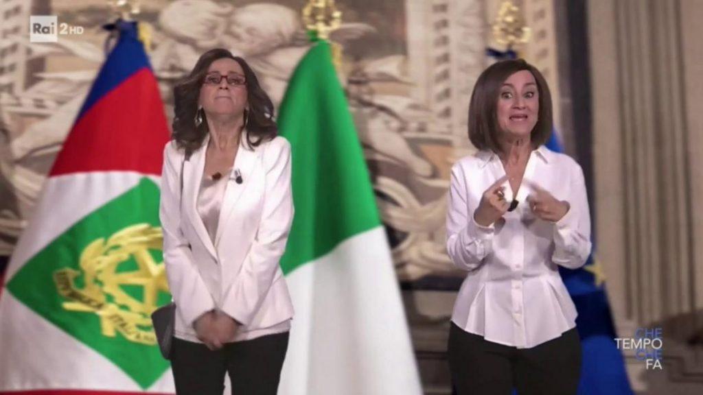 """Littizzetto-Gelmini e Littizzetto-Bernini in un coro esilarante: """"Meno male che Silvio c'é"""" – video"""