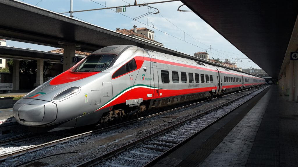 Si ferma il Freccia Argento da Salerno a Roma, l'interrogazione parlamentare