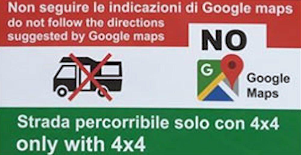 """Cartelli anti-Google Maps: """"Pericoloso, non seguite le indicazioni"""""""