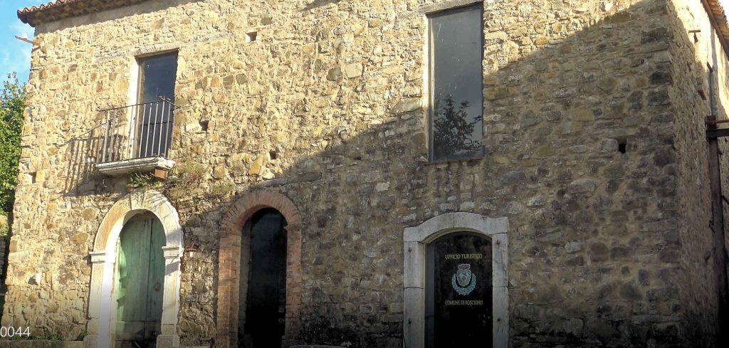 ROSCIGNO 1024x489 - Caso Covid a Roscigno, parla il sindaco