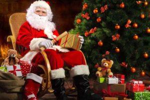 """Agropoli, inaugurato il """"Castello incantato – la vera dimora di Babbo Natale"""""""