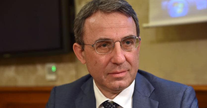 Piana del Sele, ministro Costa incontrerà il prefetto di Salerno per un intervento sui miasmi