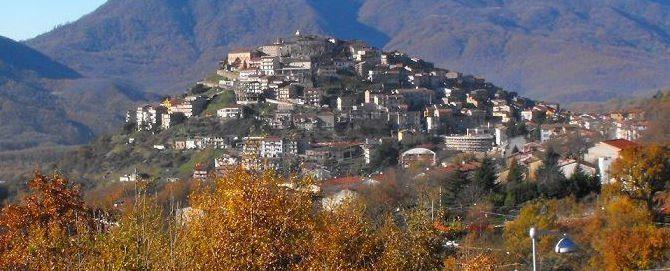 """Sanza e la """"Giornata del bene comune"""" – volontari per pulire il borgo"""