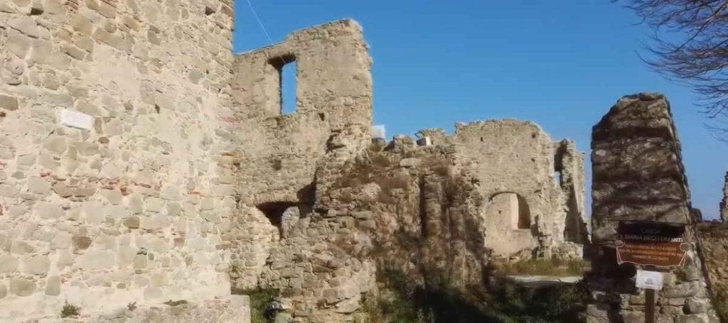 santa maria eremiti 1024x455 - Torniamo ai resti della Chiesa di S. Maria degli Eremiti a Sessa Cilento, questa volta con il drone - video