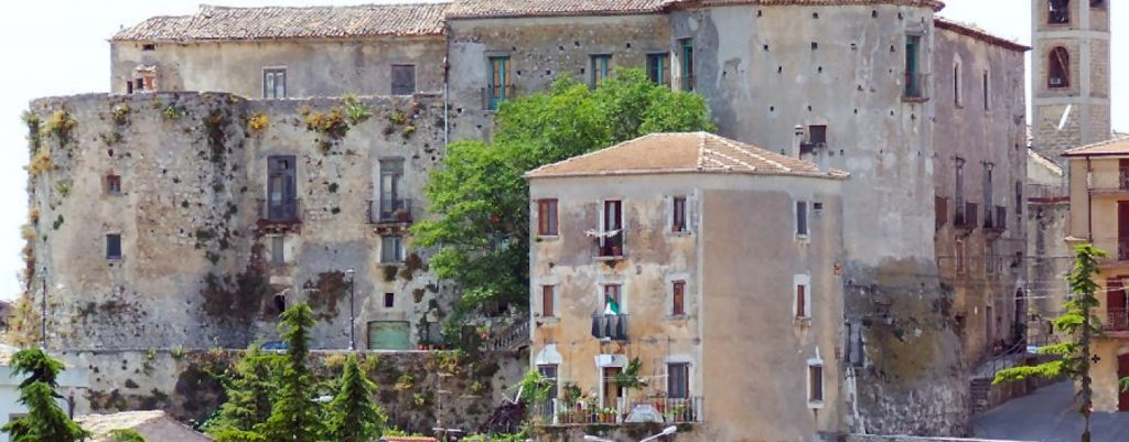 Campania: cinque comuni in quarantena, quattro nel Vallo di Diano – IL POST