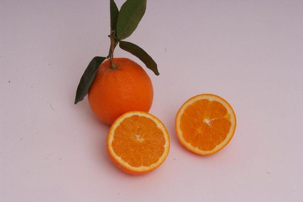 """Coronavirus, """"rischi da abuso vitamina C, inutile contro virus"""""""