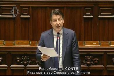 Giuseppe Conte alla Camera: strategia che va modulata sulle differenti criticità delle Regioni – live