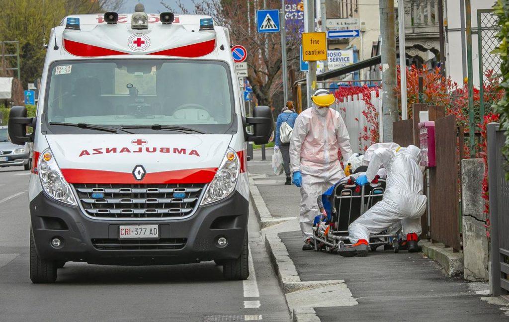 coronavirus ambulanza fg 2803 1024x648 - Coronavirus, 10mila morti in Italia