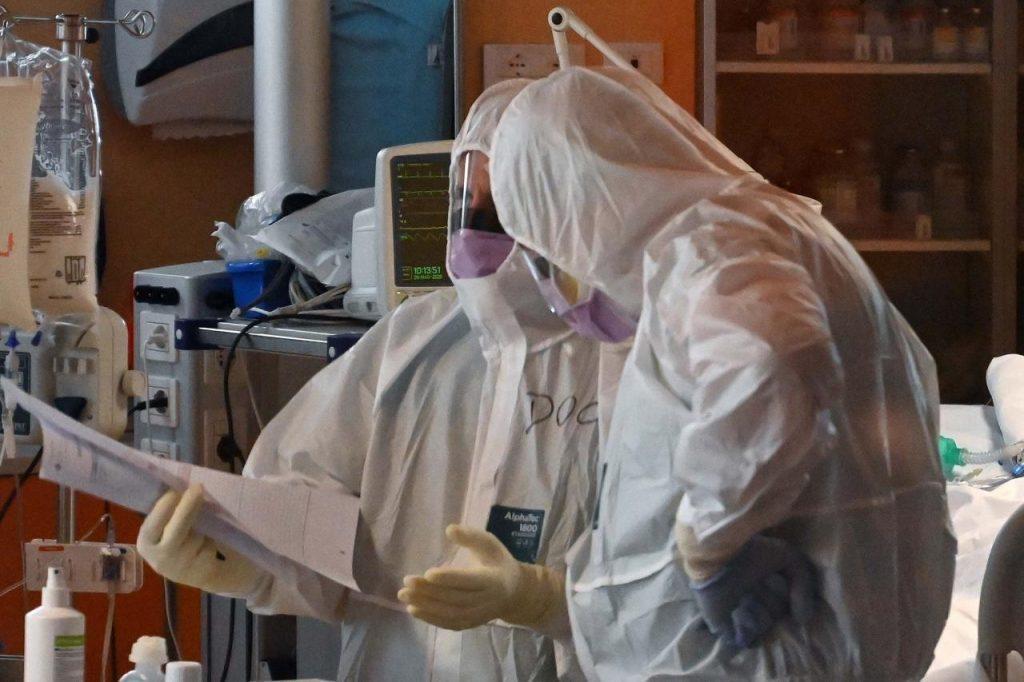 """1589441567 ospedale paziente due coronavirus afp 1024x682 - """"Su tocilizumab risultati incoraggianti ma non definitivi"""""""