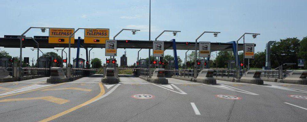 """autostrada bergamo chiudelavori al casello tra lunedi e martedi 696c2c06 0645 11e7 a52b 0b558e7fbd7a 998 397 original - Gaudiano (M5s): """"Velocizzare iter per bretella Autostrada ed Agropoli"""""""