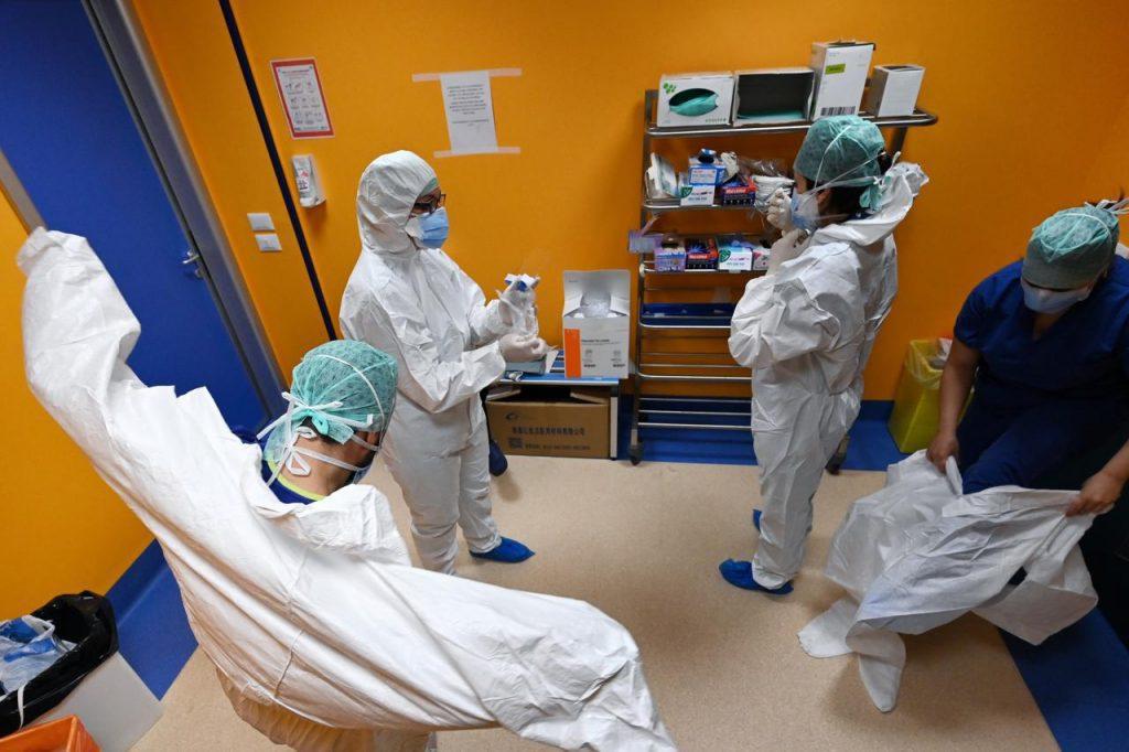 Coronavirus, in Lombardia 62 morti in 24 ore