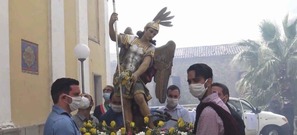 Processione di S. Michele Arcangelo a Rutino durante il covid, il video in presa diretta in 4k