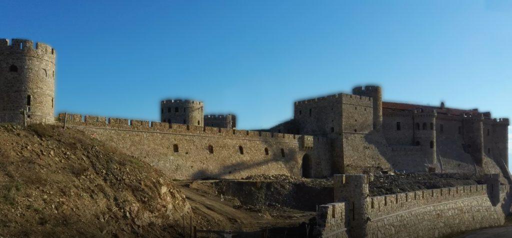 Il puzzle della domenica: il castello di Rocca Cilento, Lustra