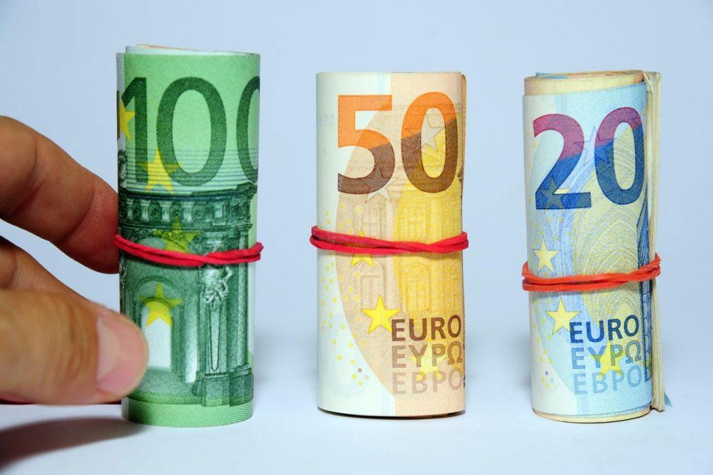 eurobanconote FTG IPA 1024x682 - Contanti e bonus, novità dal 1° luglio