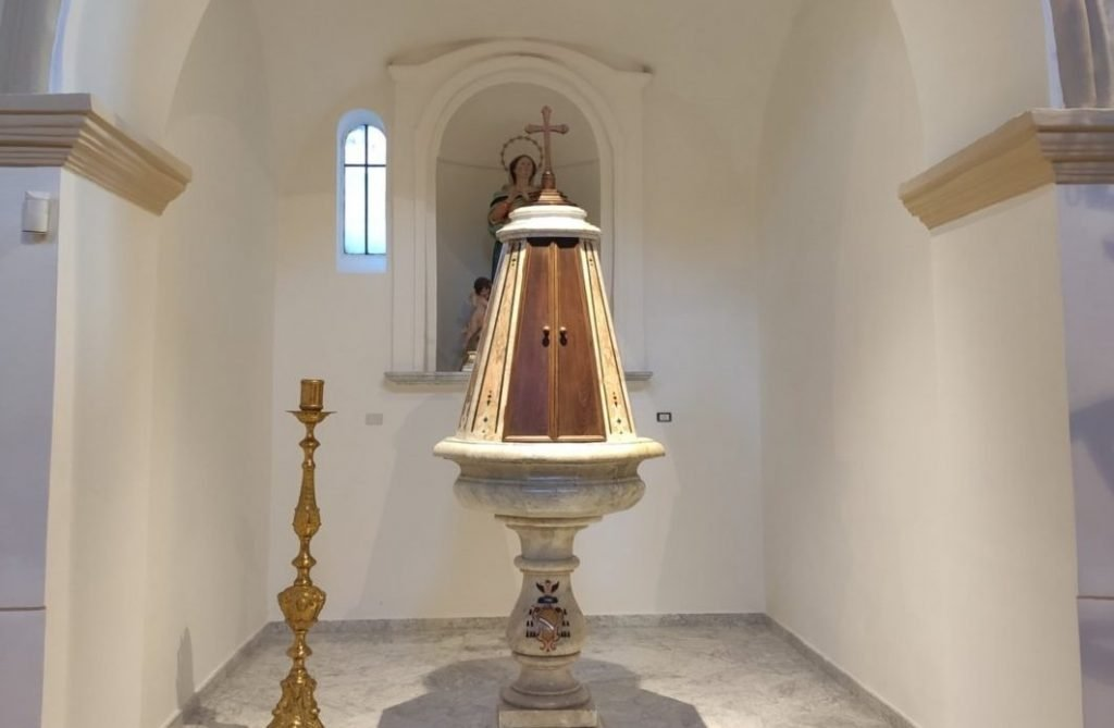 Controne, inaugurato il nuovo fonte battesimale della chiesa di San Nicola