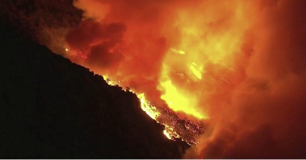 incendio california 1200 1024x538 - In fiamme la provincia di Salerno