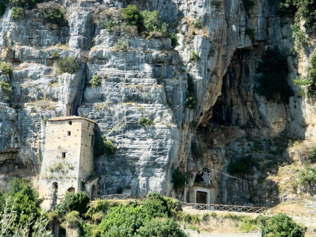 S. Angelo a Fasanella: Chiesa di S. Michele Patrimonio dell'Umanita' (o forse no?) – Articolo aggiornato