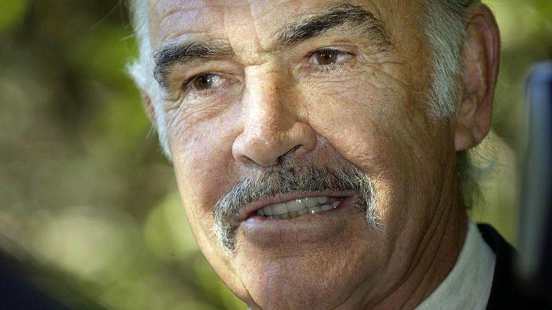 115151218 connerypa - Sean Connery, il mitico James Bond morto a 90 anni
