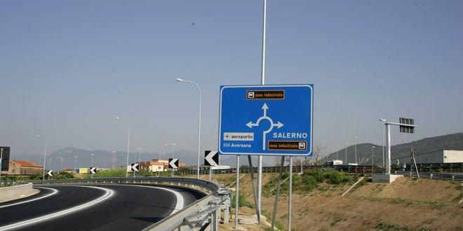 """TANGENZIALE E WEB - S.P. 417, procedono i lavori sulla strada """"Aversana"""""""