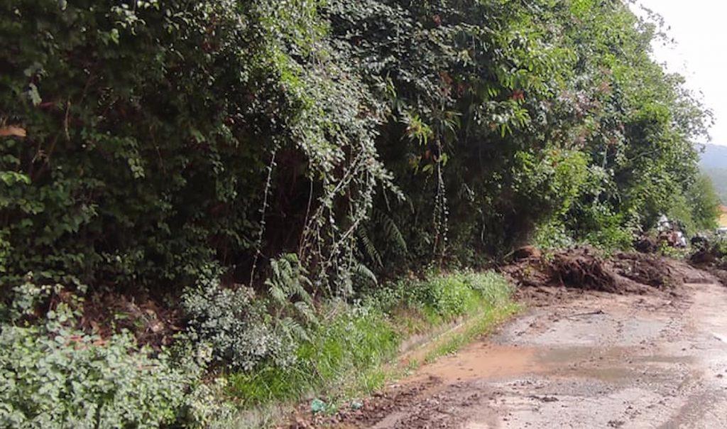smottamento 1024x604 - Smottamento tra Rofrano e Laurito: ripristinata la viabilità
