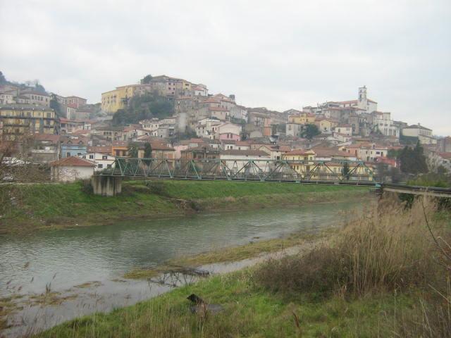 """Polla view from Tanagro - Polla: Comunità montana del Vallo di Diano dice di """"no"""" al Sito di Compostaggio"""