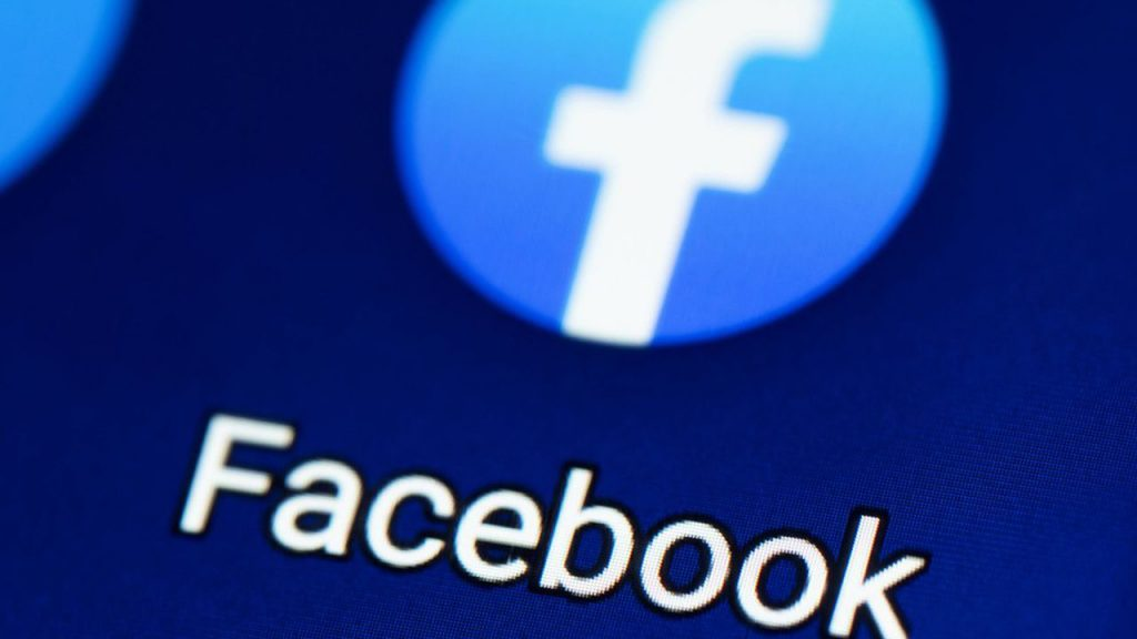 blocco studentesco accuse contro facebook 1024x576 - Covid, Facebook non blocca più post su origine virus in laboratorio
