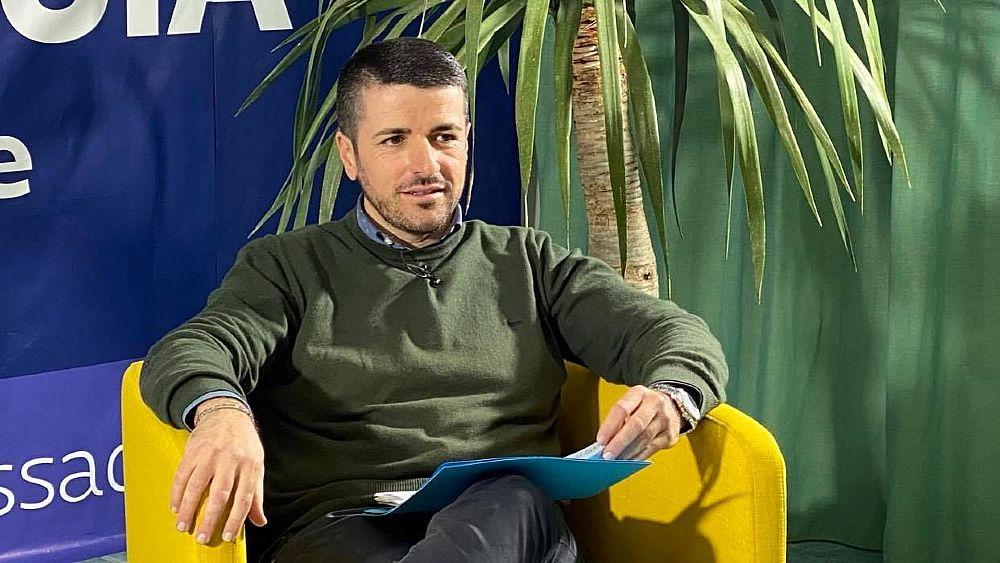 Castellabate, candidato a sindaco Di Luccia presenta programma in diretta fb