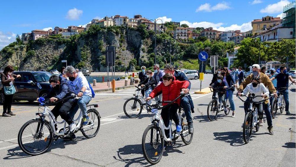 """15052021 partenza hugbikes 03 - Circolo Nautico Canottieri di Agropoli, serie di iniziative """"Cilento4all"""". Prossimo appuntamento a Salerno"""