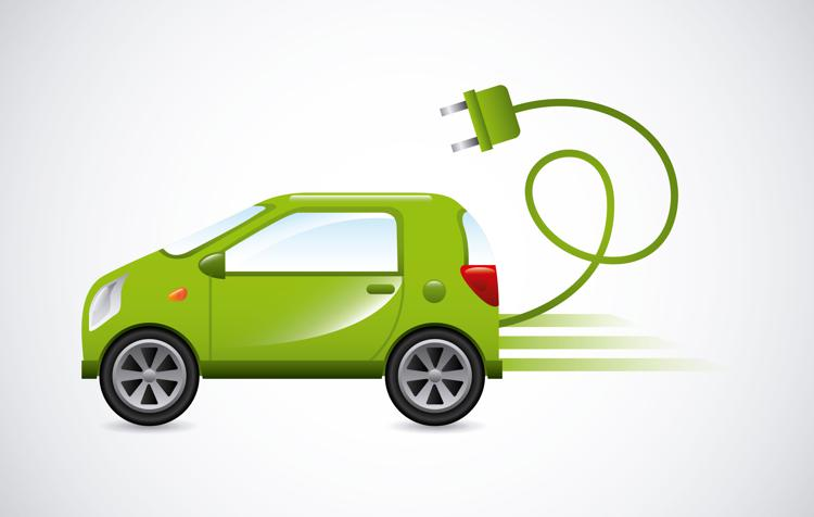 auto elettrica ftlia - Solo auto elettriche dal 2035, lo chiedono 27 grandi aziende