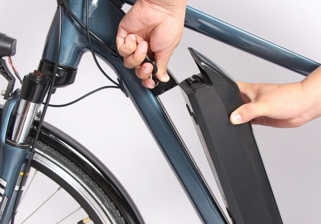 batteria di e bike 1024x715 - Policastro, ruba e-bike e viene arrestato