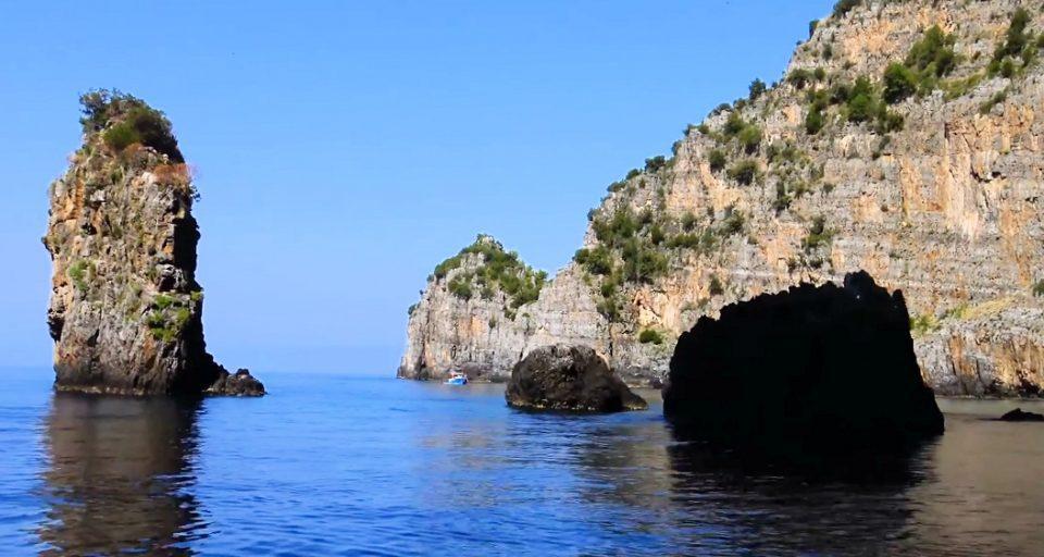 caladiluna 960x512 - Cilento da godere: l'Area Marina Protetta Costa degli Infreschi e della Masseta