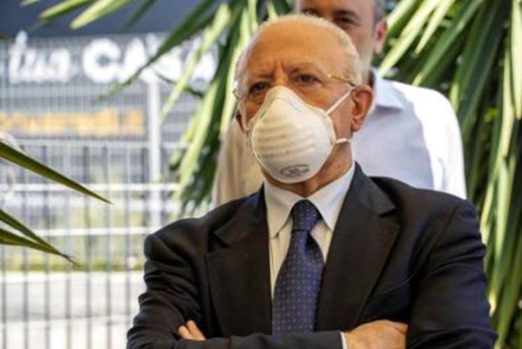 delucaftg 2 - Italia in zona bianca, via le mascherine (tranne la Campania)