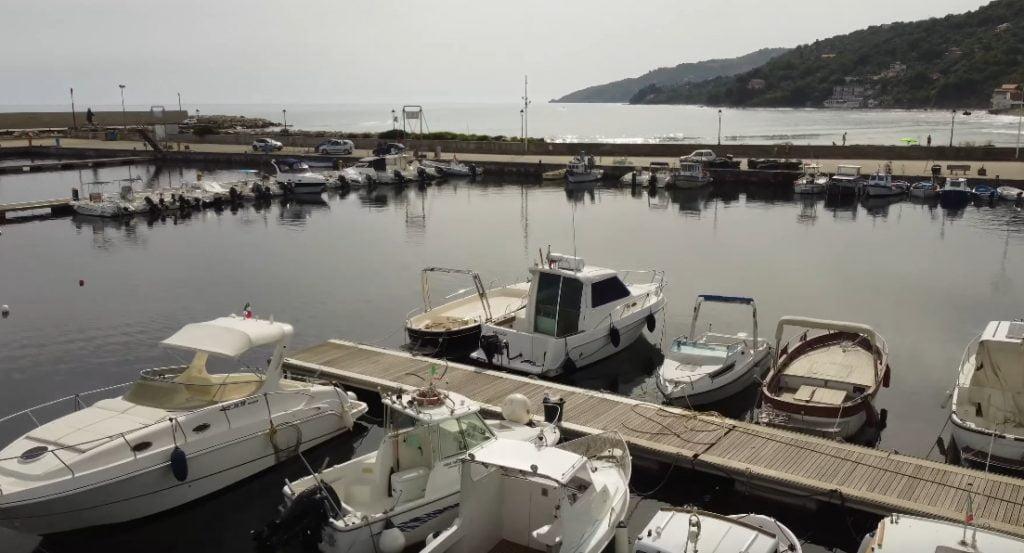 porto casalvelino 1024x553 - Codacons Cilento: porto di Casal Velino bloccato, a rischio l'economia turistica del comparto della nautica del Golfo di Velia
