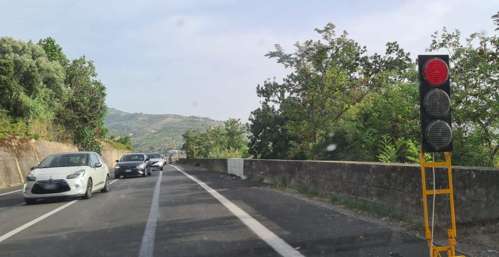 """semaforo 1024x529 - Agropoli, Coppola in Prefettura: riaperta la """"Cilentana"""""""