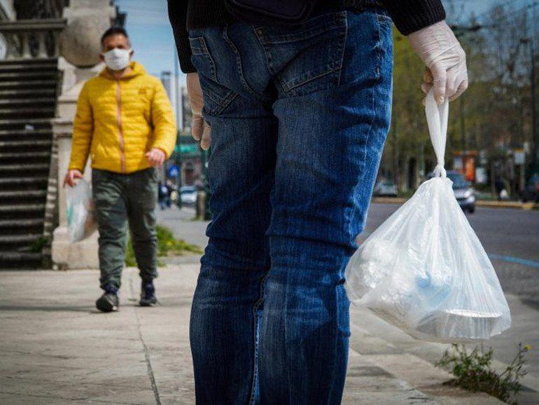 Poverta Istat quasi la meta delle famiglie povere 43 1 vive in case in affitto articleimage - COMMERCIALISTI, FAMIGLIE PIU' POVERE E PIU' TARTASSATE: IN DIECI ANNI +46 MILIARDI DI EURO DI TASSE E SOLO +2,8 MILIARDI DI EURO DI PIL - INFOGRAFICA E PDF