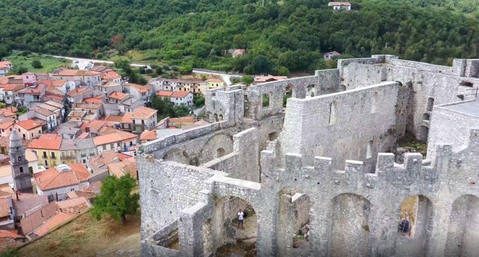 sici1 960x515 - Sicignano degli Alburni, il Castello Giusso