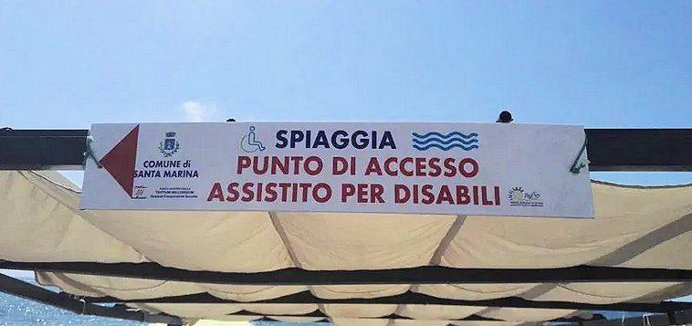 spiaggia - Santa Marina, da domani il punto di accesso assistito per disabili