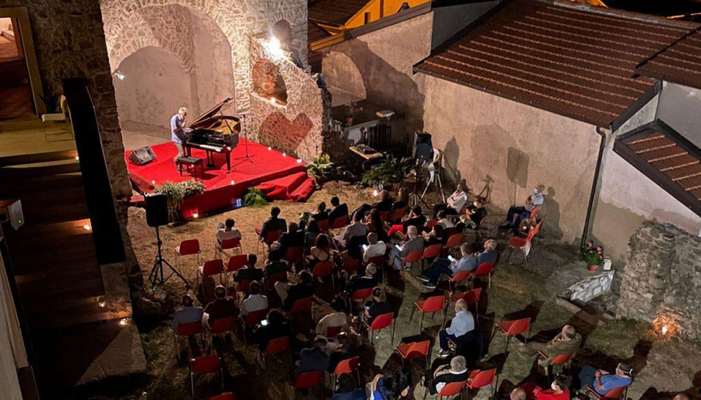 Casalbuono, inaugurata la sala maggiore del Castello baronale