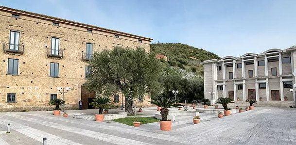 Fondazione Alario, personale d'arte del Maestro Marco Petillo