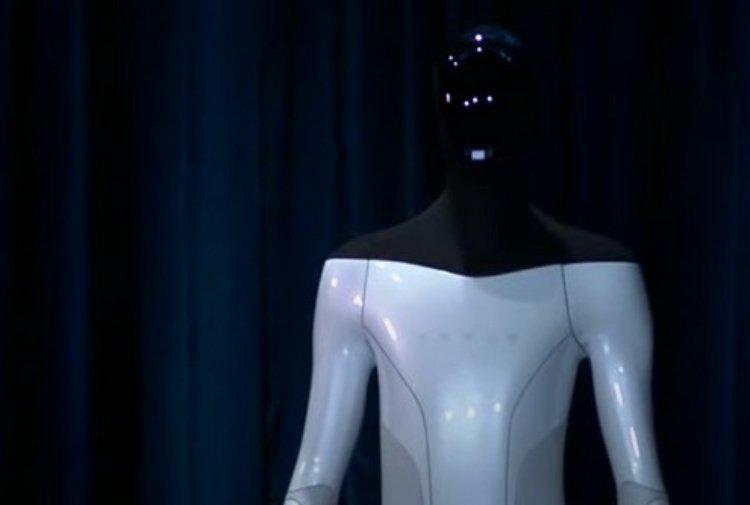 """tesla bot.jpg 1977418281 - Arriva Tesla Bot, il robot umanoide che sostituirà l'uomo nei compiti """"pericolosi"""""""